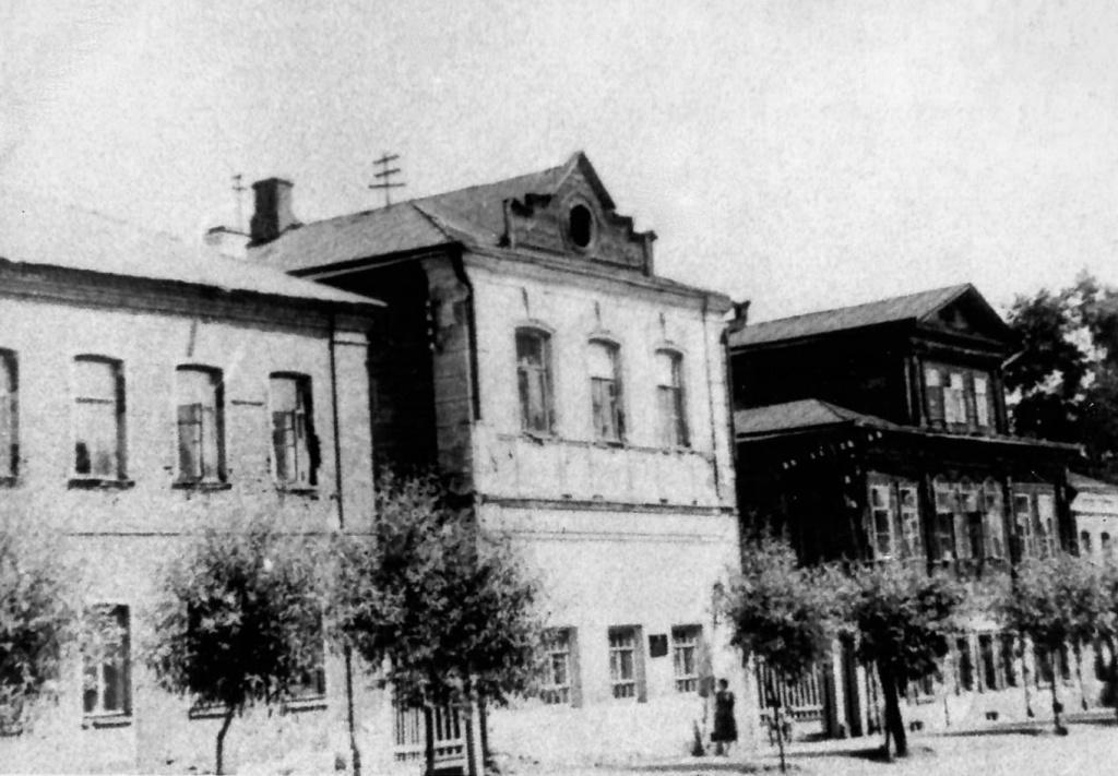 1935_1982.jpg